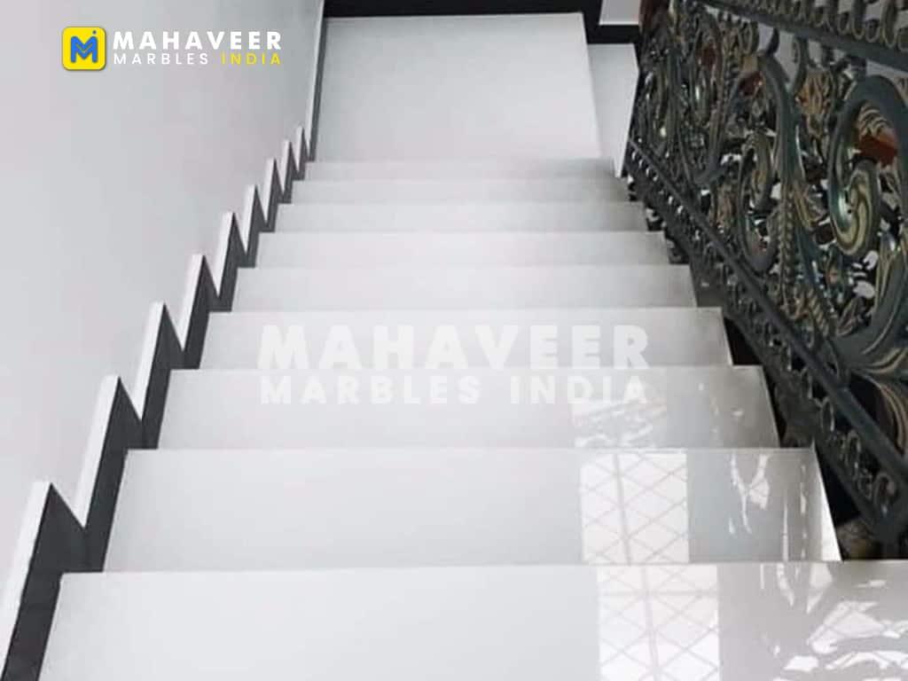 White Sangemarmar Marble Stairs
